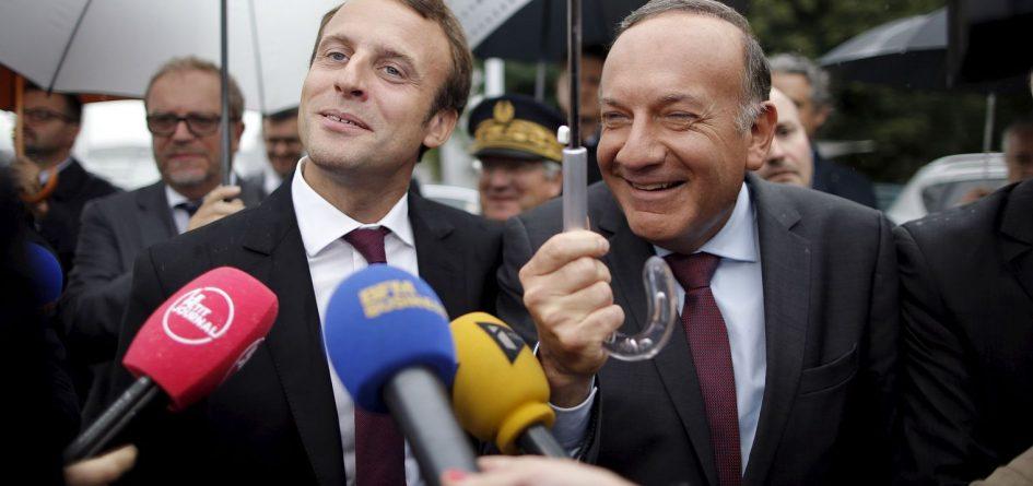 https://ruptures-presse.fr/wp-content/uploads/2017/05/Emmanuel-Macron_Pierre-Gattaz-945x445.jpg